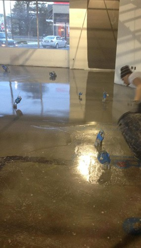 Only 3 hours after installing PENETRON's VB 225 vapor mitigation system, the floors were treated with LEVELINE 15, a self-leveling underlaymen