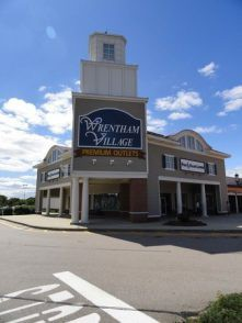 Theory Wrentham Outlet Store